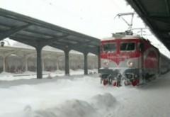 Vremea rea face RAVAGII: LISTA celor 68 de trenuri ANULATE de CFR