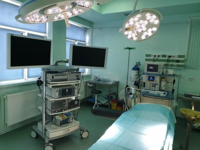 Aparatură ultramodernă la Spitalul Județean de Urgență Ploiești. S-au infiintat 2 linii ultramoderne de laparoscopie Storz 3D si 4 K
