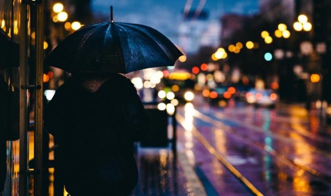 Vremea se răceşte şi încep ploile. Prognoza meteo pentru următoarele trei zile
