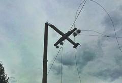 Vantul face ravagii in Prahova: Peste 1000 de gospodarii nu au curent electric