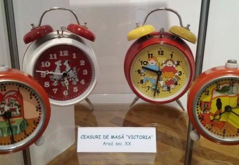 """De 1 iunie, Muzeul """"Nicolae Simache"""" organizeaza o expozitie pentru copii, cu ceasuri produse la Arad"""