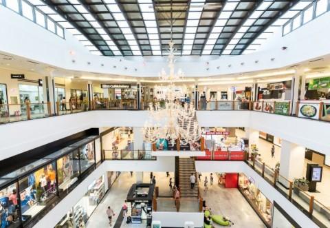 Când se redeschid mall-urile. Ministrul Economiei a făcut anunțul