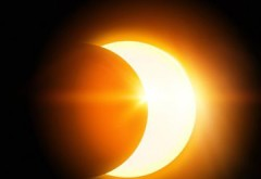 Eclipsă parțială de Soare. Fenomenul, vizibil şi în România!