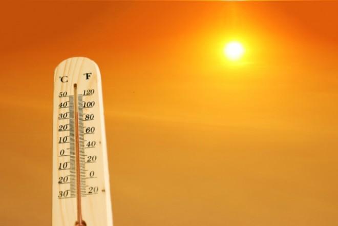 Căldură greu de suportat în cea mai mare parte a țării. Zona în care se ating 37 de grade