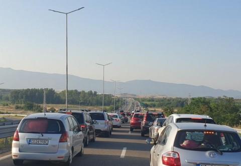 MAE, despre noile condiții de intrare în Grecia. Granița se poate trece de miercuri dimineață. Ce acte sunt necesare