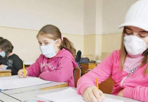 Ministrul Sănătății, anunț pentru toți elevii: vor purta mască în sălile de clasă