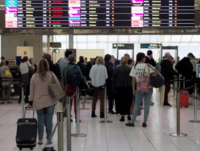 Toți românii care vin din aceste țări intră în carantină timp de 14 zile. Măsura intră în vigoare de astăzi