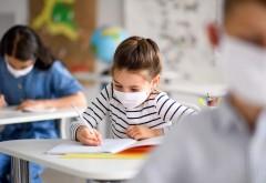 Cine minte și cine nu? Dacă riscul de îmbolnăvire există la școli, la creșe și after school-uri nu există?
