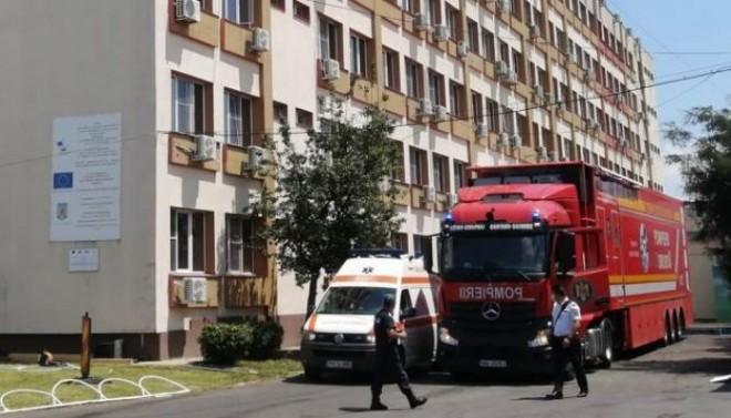 Încă 20 de locuri în spitale, pentru pacienții Covid din Prahova. Unitatea mobilă de Terapie Intensivă ar urma să fie pusă marți în funcțiune