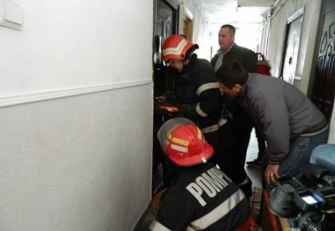 Descoperire macabra pe str. Constantin Brezeanu din Ploiesti. O femeie a fost gasita decedata in apartament