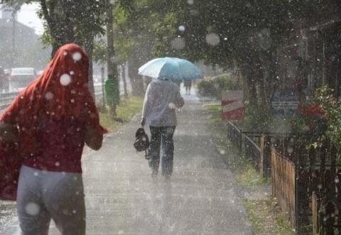 Vremea se răceşte brusc. Prognoza meteo specială pentru week-end