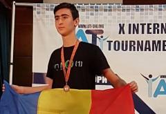 """""""Ploieșteni cu care ne mândrim"""": Ștefan Săvulescu, olimpic internațional la Informatică și student la Imperial College London"""