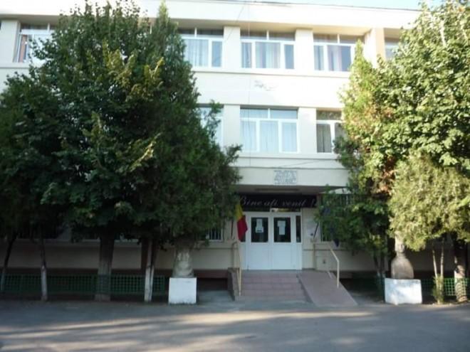 Au apărut rezultatele necropsiei în cazul elevului decedat in timpul orelor, la școala Sf. Vineri din Ploiești