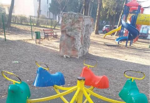 SGU le reaminteşte ploieştenilor că accesul în incinta locurilor de joacă nu este permis în perioada stării de alertă