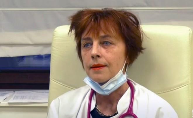 """Dr. Flavia Groșan, noi declarații controversate: """"Statul în casă și masca scad imunitatea / Nu mă tem de COVID. Am schema mea de 100 de lei"""""""