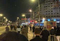Protest in Ploiesti, impotriva restrictiilor COVID, duminica noapte