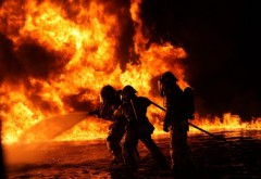 INCENDIU in Negoiesti, comuna Brazi, la Ecoburn, firma de colectare si incinerare deseuri