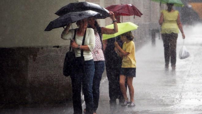 ANM a emis Cod galben de ploi torențiale și vijelii în Prahova