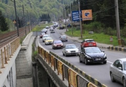 Românii iau cu asalt Valea Prahovei în minivacanța de Rusalii: cât costă un sejur