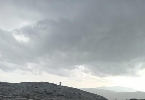 Rupere de nori și grindină pe Valea Prahovei. Stratul de gheață a atins câțiva centimetri