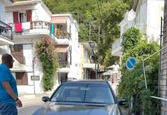 """Ce face romanul in Grecia? Ce stie el mai bine! Un prahovean a creat haos dupa ce si-a parcat """"romaneste"""" masina, pe interzis"""