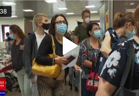 Aglomerație la intrarea în România. Nevaccinații intră în carantină, chiar și cu test negativ