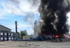 INCENDIU in Prahova, la Albesti: Ard deseuri din plastic