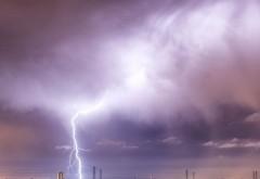 AVERTIZARE METEO! Urmeaza doua zile cu ploi torentiale, vijelii si descarcari electrice