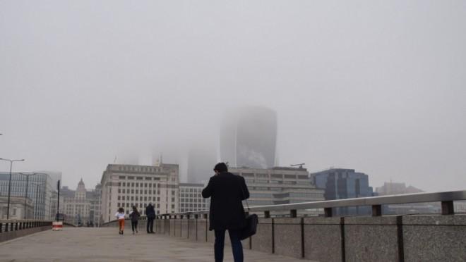 Inseamna ca ploiestenii sunt pierduti! Studiu: Poluarea aerului crește severitatea bolilor mintale. Riscul de internare în spital crește cu 18%