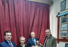 Bustul cavalerului Ioan Cosma, la loc de cinste in Casa Armatei din Baia Mare. Donatie din partea ing. Mircea Cosma
