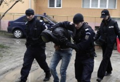 Doi tineri, din Ploiesti si Boldesti, arestati pentru spargeri repetate de locuinte si sedii de firme. Actionau in Ploiesti, Lipanesti, Boldesti si Brazi