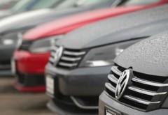 """""""Samsarii"""" auto, obligați de stat să înregistreze mașinile aduse din străinătate la RAR și apoi să le vândă"""
