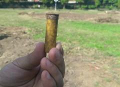 Cartuş neexplodat, găsit într-un parc din Ploieşti