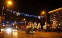 Au început pregătirile pentru iluminatul festiv de sărbători