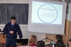 Ora de civilizaţie, predată de jandarmi elevilor din Toma N. Socolescu