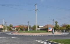 Cel mai nou sens giratoriu din Prahova, finantat de CJ Prahova, a fost inaugurat in Filipestii de Padure