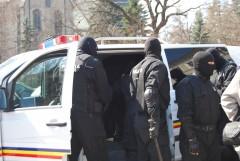Percheziţii de amploare în Prahova la suspecţi de evaziune fiscală şi spălare de bani
