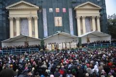 Mii de pelerini la slujba de Sfânta Parascheva. Victor Ponta este prezent