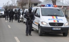 Ce au descoperit poliţiştii la societăţile comerciale percheziţionate marţi