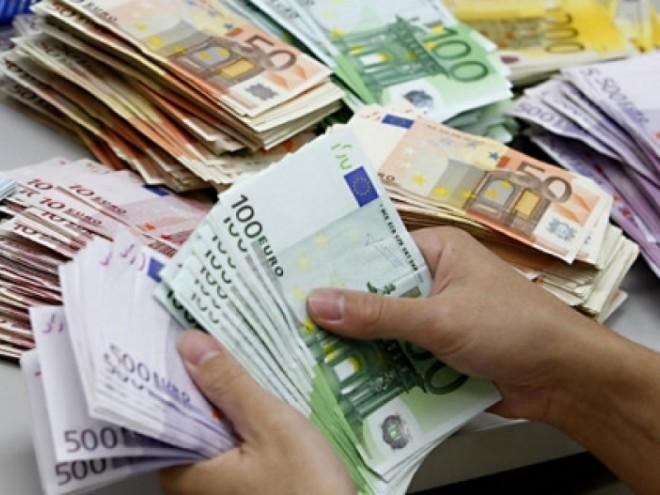Un român a dat lovitura la LOTO. A câştigat 3,8 milioane euro, cu doar 7,7 lei