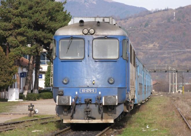 Circulaţia trenurilor pe ruta Ploiesti Sud - Valenii de Munte - Maneciu va fi RELUATĂ. Află de când