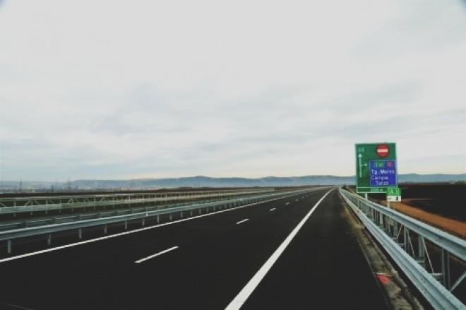 Lotul 3 al Autostrăzii Sibiu-Orăştie a fost INAUGURAT. Victor Ponta a fost prezent la eveniment