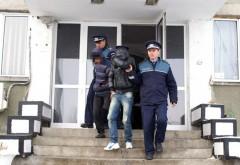 MORI DE RÂS. Ce au furat doi hoţi dintr-o gospodărie din Sălcioara
