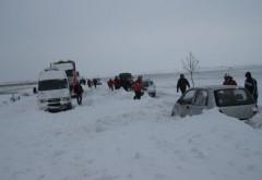 Prahova, sub zapada. S-a intervenit pentru delobcarea autoturismelor in Fulga si Baba Ana