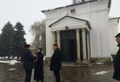 Mircea Cosma, vizita-fulger la Manastirea Zamfira. Se cauta solutii pentru protejarea picturilor lui Nicolae Grigorescu