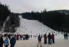 Se schiază în toate staţiunile de pe Valea Prahovei