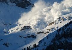 Atenţie, turişti! Risc de AVALANŞĂ în munţii Bucegi
