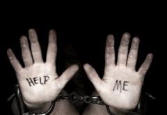 PERCHEZIȚII la traficanții de PERSOANE și MINORI