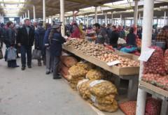 CONTROALE în pieţele din Ploieşti. Ce au descoperit POLIŢIŞTII şi ce au CONFISCAT