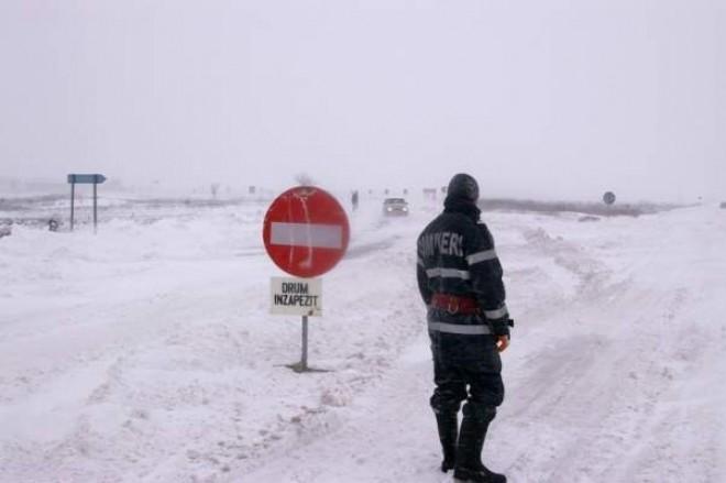 LISTA drumurilor unde circulaţia este INCHISA sau cu RESTRICTII